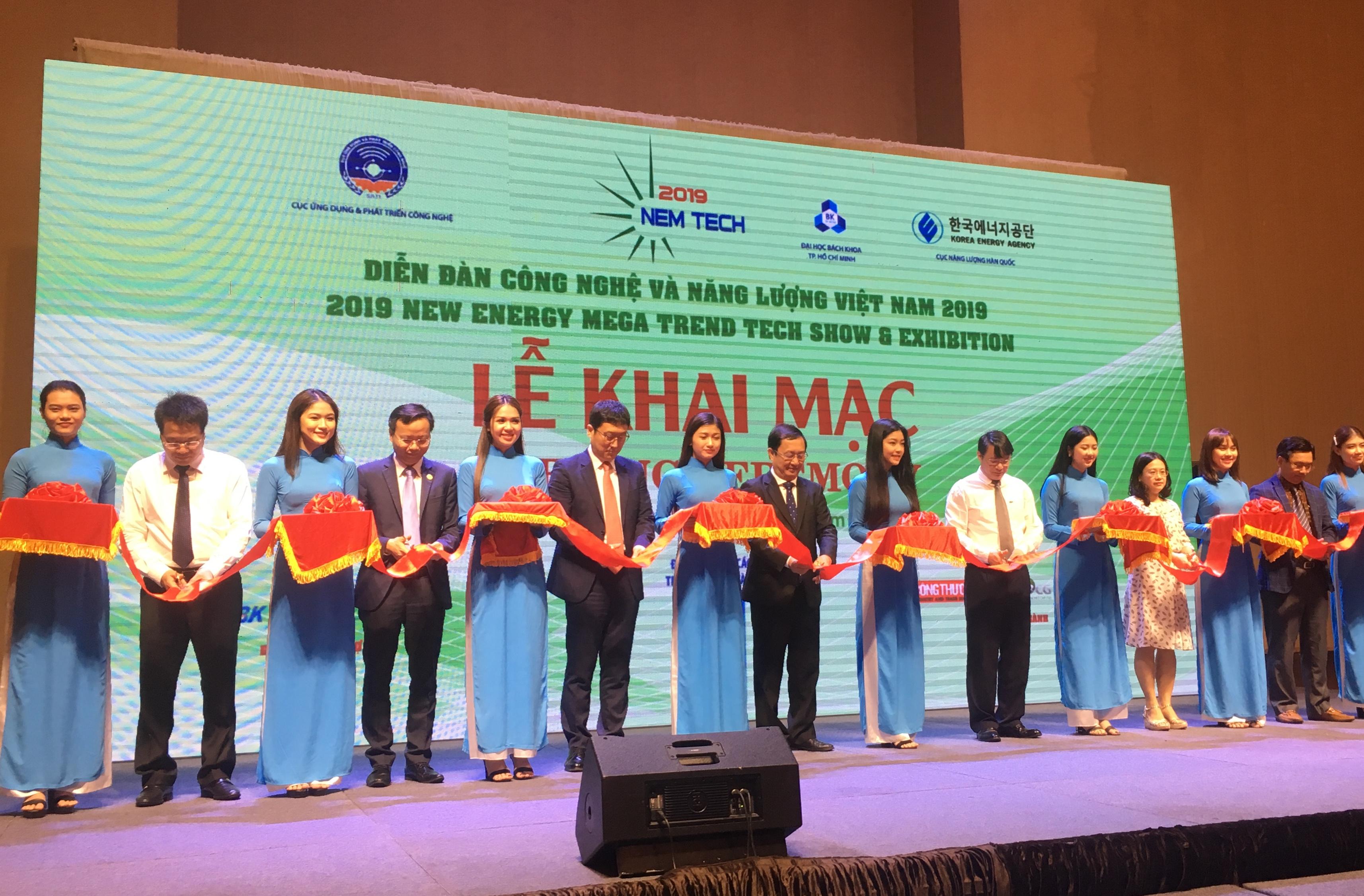 Lễ khai mạc Diễn đàn Công nghệ và Năng lượng Việt Nam năm 2019 tại TP. HCM.