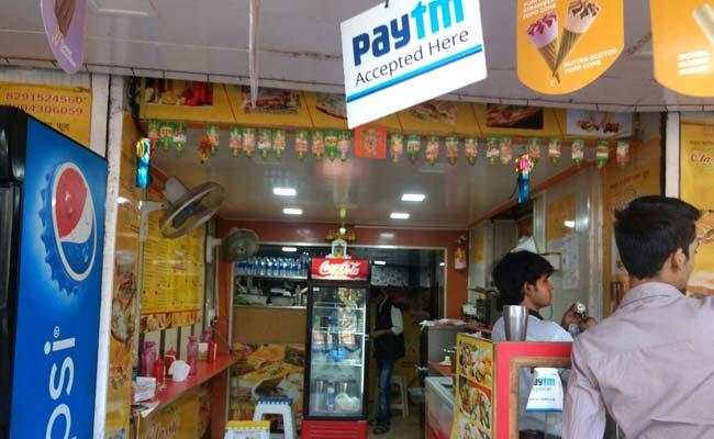 Chỉ một cửa hàng tạp hóa nhỏ ở Ấn Độ cũng cho phép thanh toán bằng thẻ. Ảnh: ndtv.com.