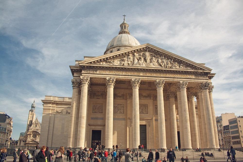 Điện Panthéon, nơi lưu giữ thi hài của những danh nhân đã làm rạng danh nước Pháp. Ảnh: Juanedc.com/Flickr