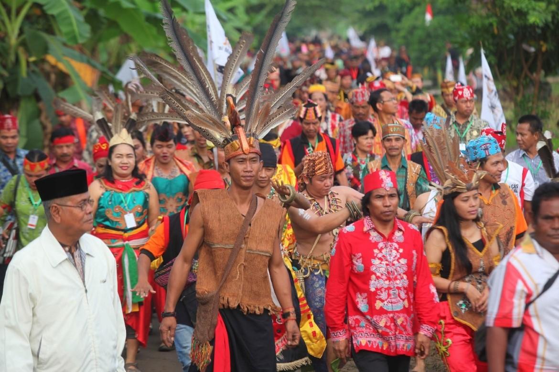"""Nghiên cứu của GS. Herawati về bản đồ gene người Indonesia đánh vào quan niệm phổ biến về """"người bản địa"""" trong xã hội Indonesia hiện đại. Nguồn: Wikipedia Commons."""