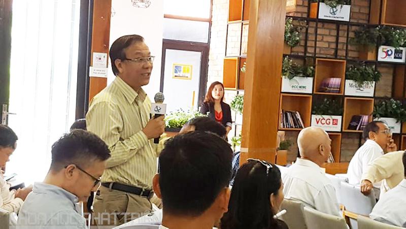 Đại biểu tham dự trao đổi với các chuyên gia đến từ Thượng Hải