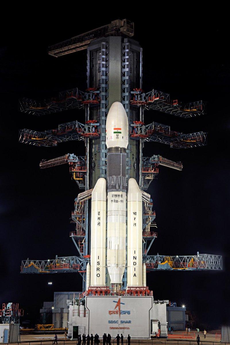 Tên lửa đẩy GSLV Mk III mang theo Chandrayaan-2 được đặt trên bệ phóng tại Trung tâm Vũ trụ Satish Dhawan, Ấn Độ. Nguồn: ISRO.