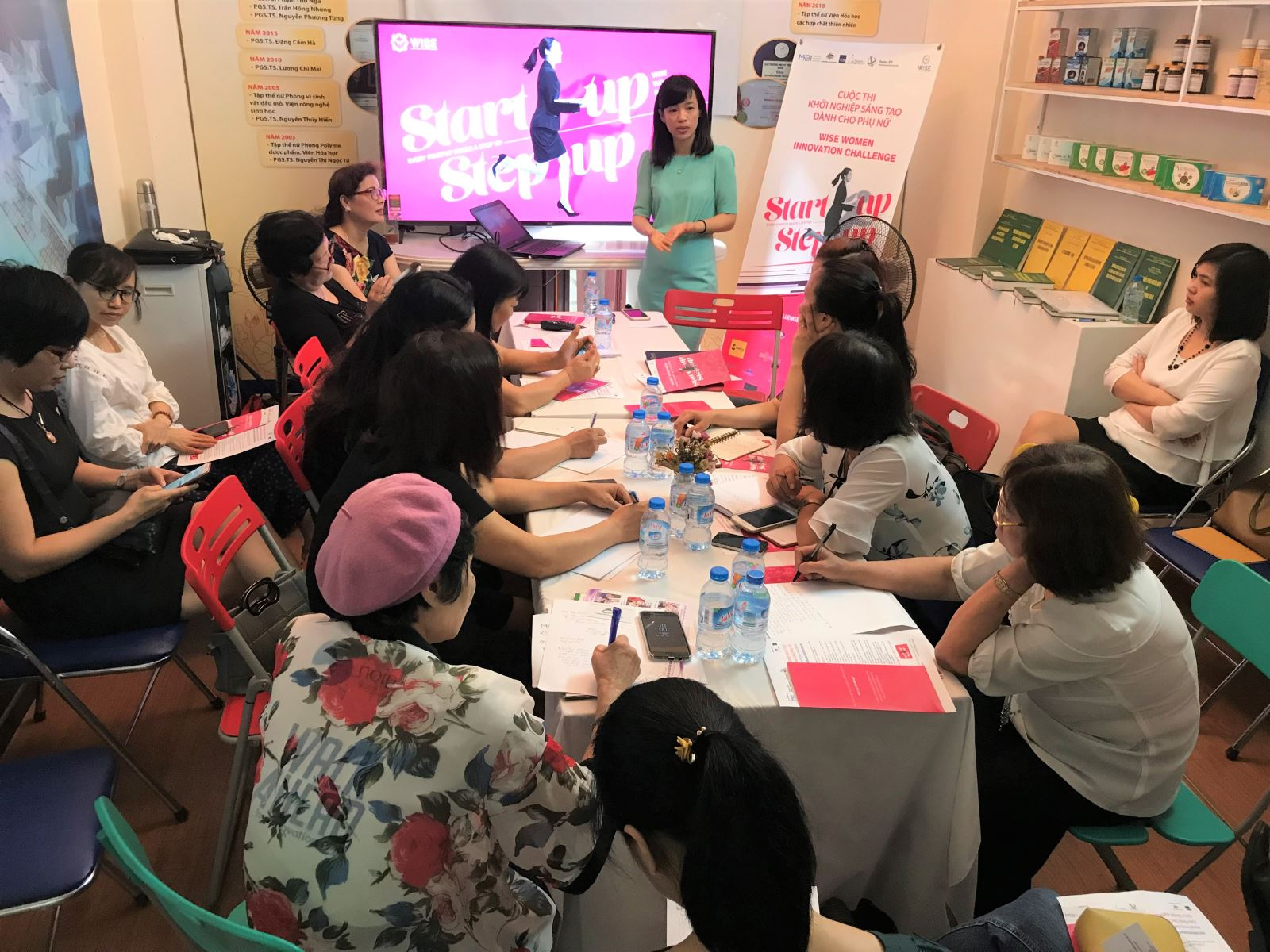 Buổi giới thiệu cuộc thi Khởi nghiệp đổi mới sáng tạo dành cho phụ nữ (WISE Women Innovation Challenge).