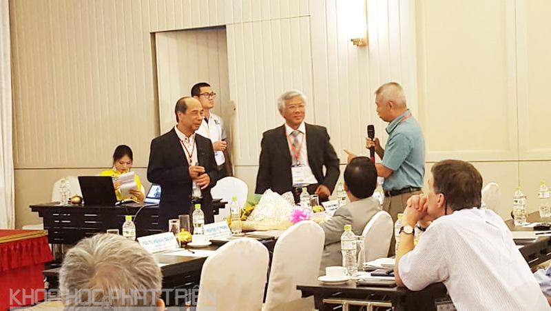 Các đại biểu cùng thảo luận với diễn giả tại Hội thảo