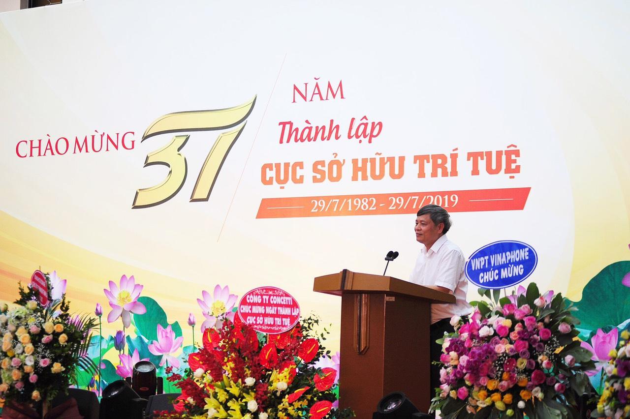 Thứ trưởng bộ KH&CN Phạm Công Tạc phát biểu tại buổi lễ.