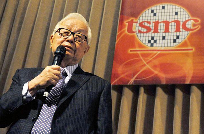 Morris Chang, chủ tịch đầu tiên của ITRI và cũng là CEO công ty chế tạo bán dẫn đầu tiên của Đài Loan TSMC.