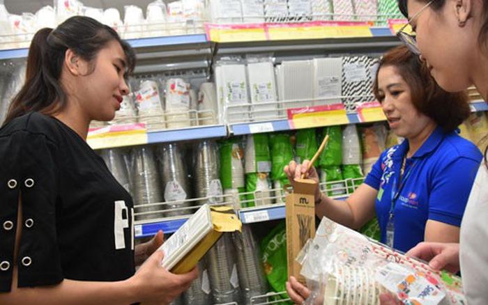 Những hoạt động như những hình thức đóng gói bao bì mới, sử dụng những chất liệu thân thiện với môi trường hoặc có thể tái chế… vẫn còn khá khiêm tốn ở Việt Nam khi mới đạt tỷ lệ từ 2 đến 3% tiềm năng.