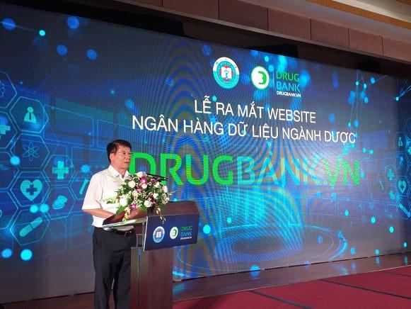 """Thứ trưởng Bộ Y tế Trương Quốc Cường phát biểu tại lễ ra mắt """"số hoá"""" ngân hàng dữ liệu ngành dược. Ảnh Thái Bình"""