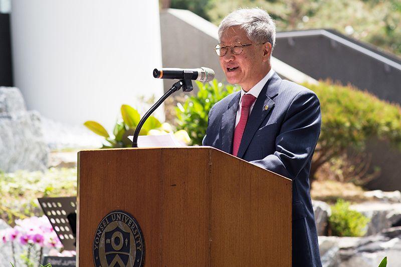 Doochul Kim, Giám đốc Viện Nghiên cứu khoa học cơ bản (IBS)