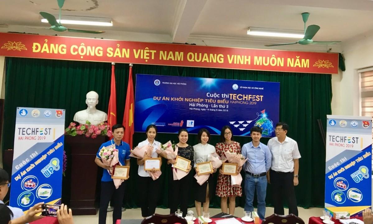 Các đội đạt giải trong cuộc thi khởi nghiệp của Techfest Hải Phòng 2019 | Ảnh: BTC