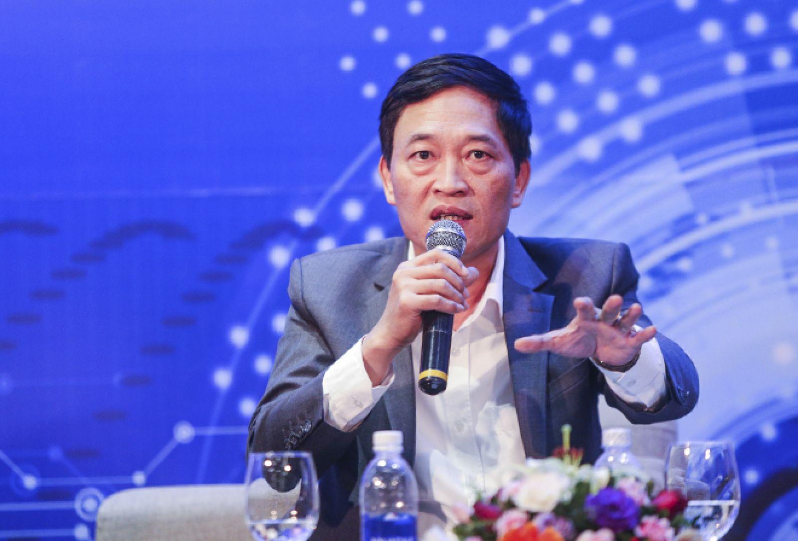 Thứ trưởng Bộ KH& CN Trần Văn Tùng.