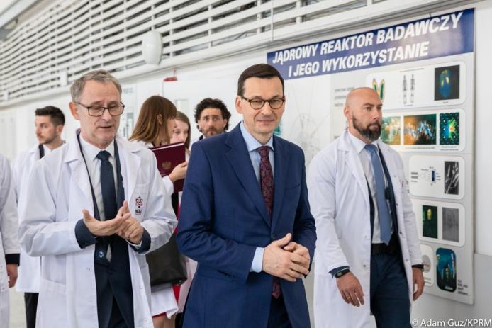 Thủ tướng Ba Lan Mateusz Morawiecki tới Trung tâm nghiên cứu hạt nhân quốc gia (NCBJ). Nguồn: www.premier.gov.pl