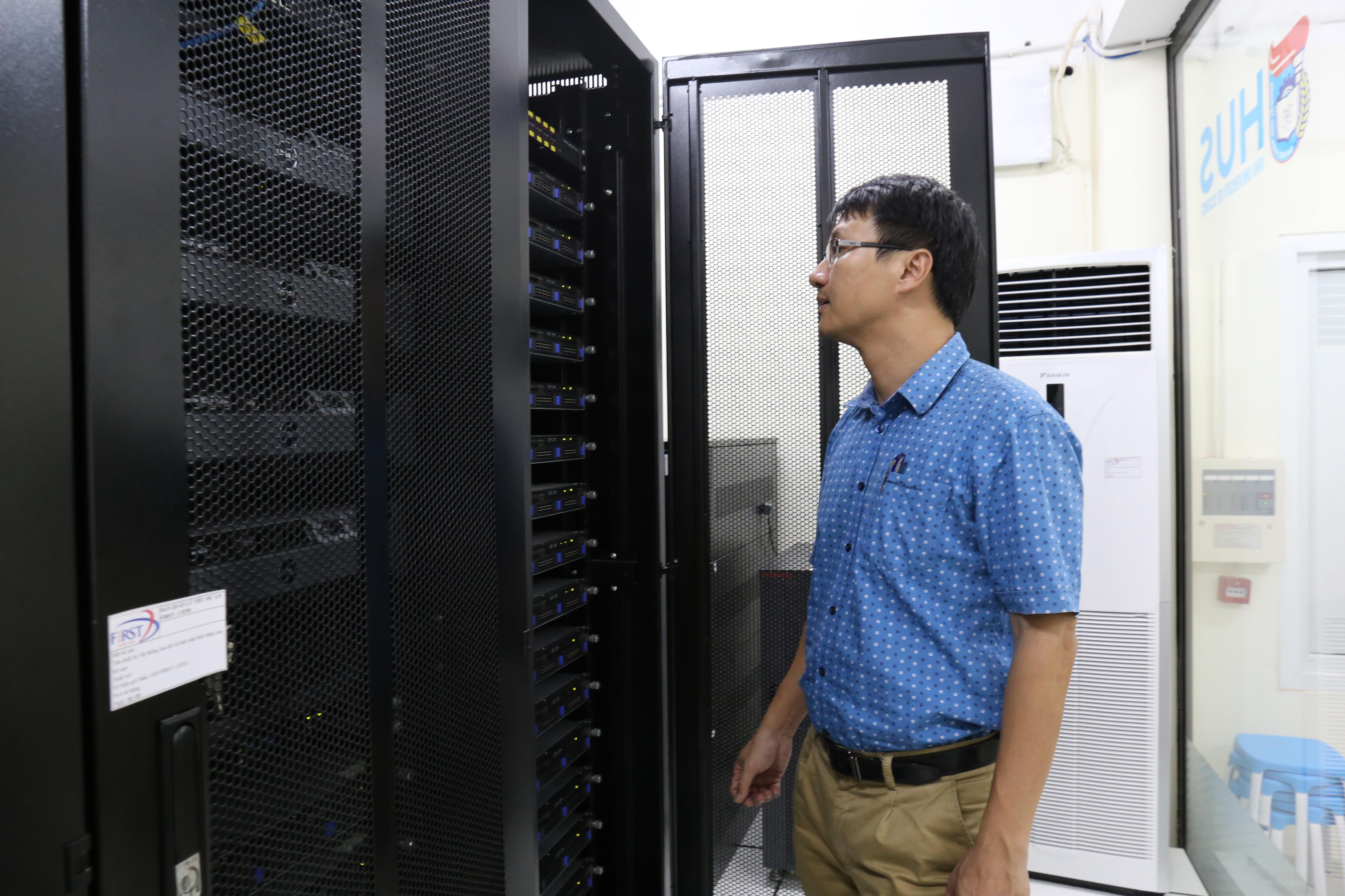 Sau hai năm triển khai, nhóm nghiên cứu của CEFD đã tích hợp thành công 3 mô hình ROMS, SWAN và WRF trong bộ mô hình COAWST, chạy tự động theo thời gian thực thông qua phần mềm MCT, theo PGS.TS. Trần Ngọc Anh.