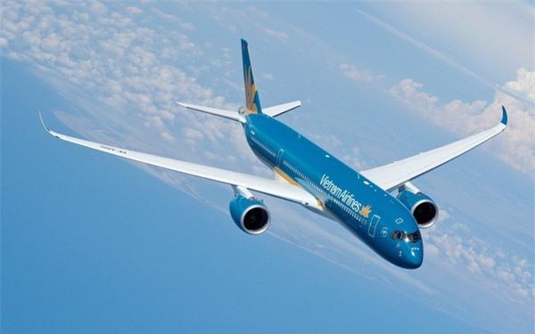 Vietnam Airlines chính thức cho phép kết nối Internet trên máy bay, nhắn tin Viber, Messenger, Whatsapp thoải mái - Ảnh 1.