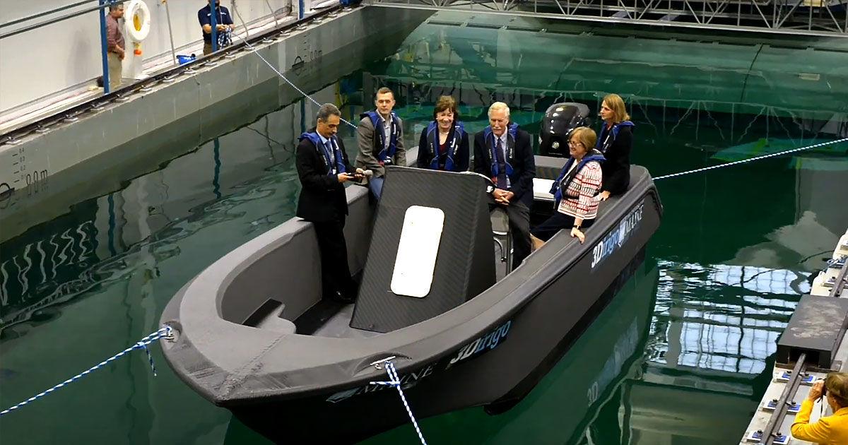 Máy in 3D khổng lồ in nguyên một chiếc tàu