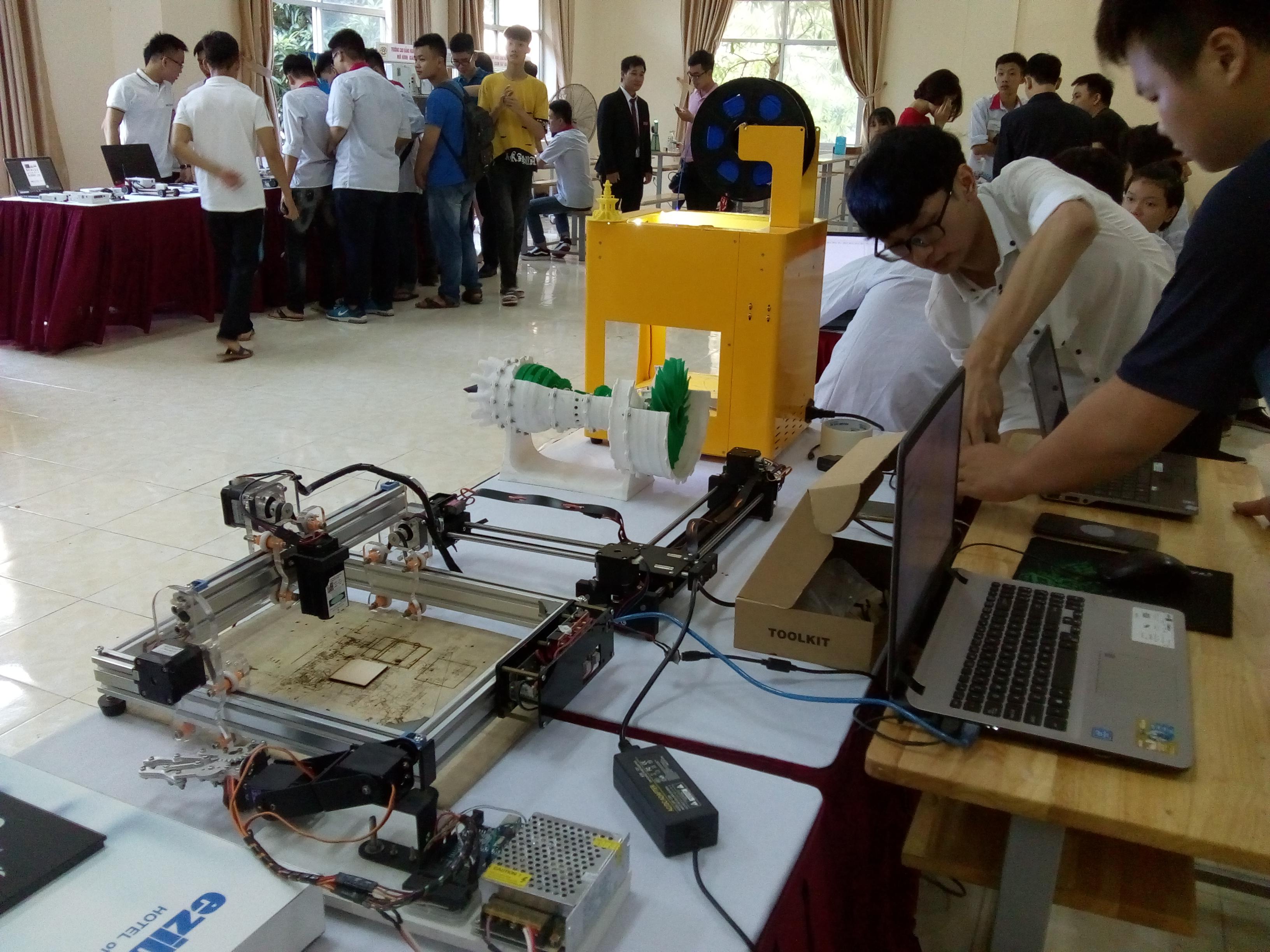 Trung tâm STEM, trường Cao đẳng nghề Công nghệ cao Hà Nội