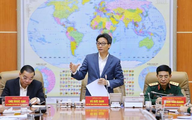 Phó Thủ tướng Vũ Đức Đam phát biểu kết luận buổi làm việc. Ảnh: TTXVN
