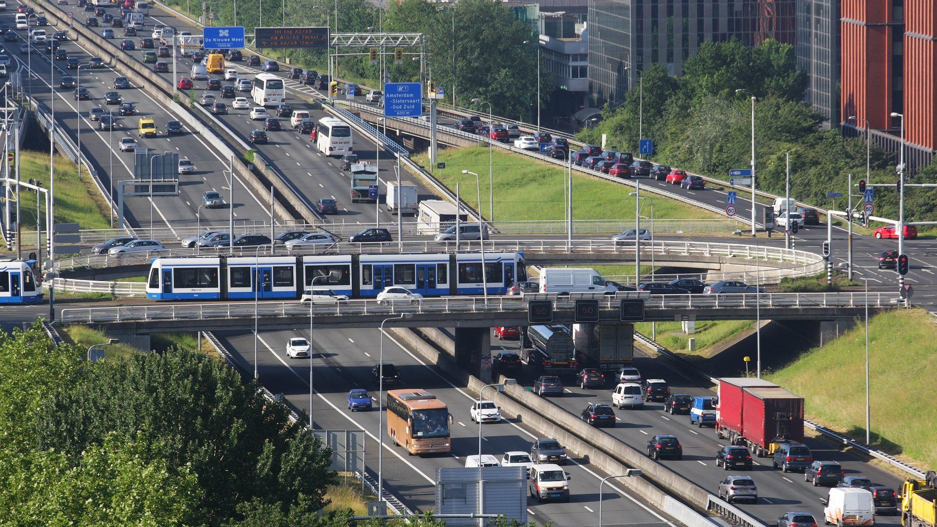 Hà Lan là nước có hệ thống giao thông công cộng và chính sách bảo vệ môi trường rất tốt, nhưng nguy cơ ô nhiễm do nitơ oxit vẫn đang có xu hướng gia tăng. Ảnh: Getty Images.
