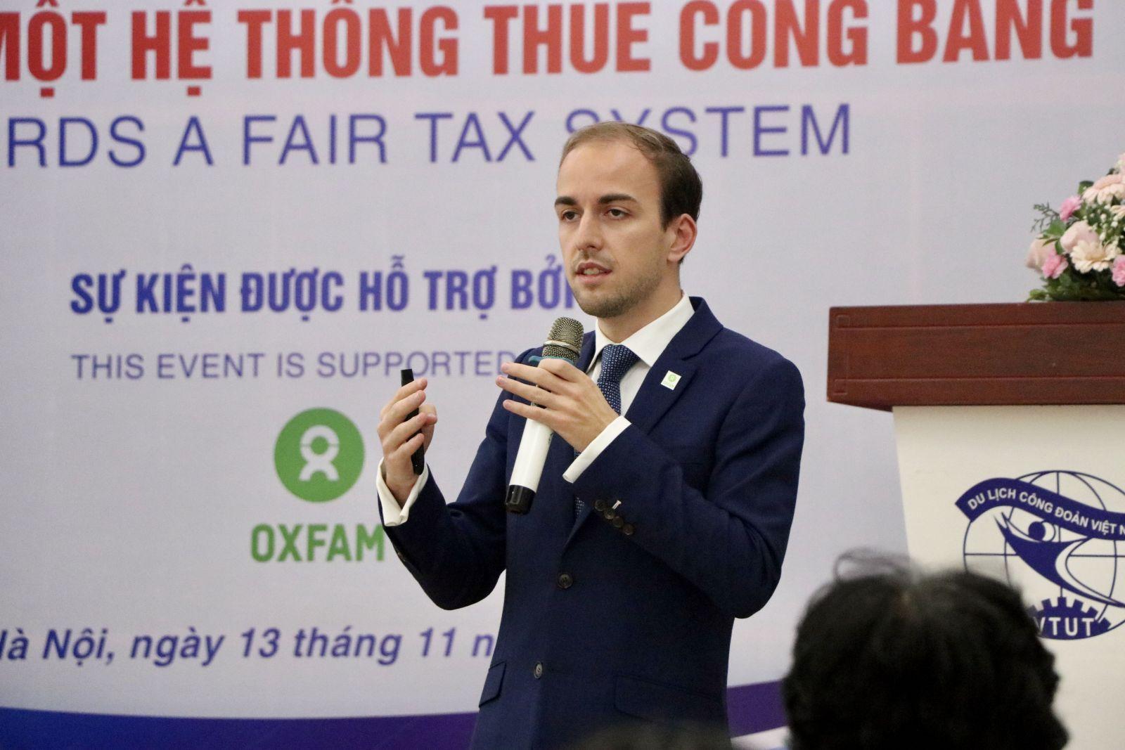 Ông Johan Langerock, Chuyên gia Thuế, tổ chức Oxfam
