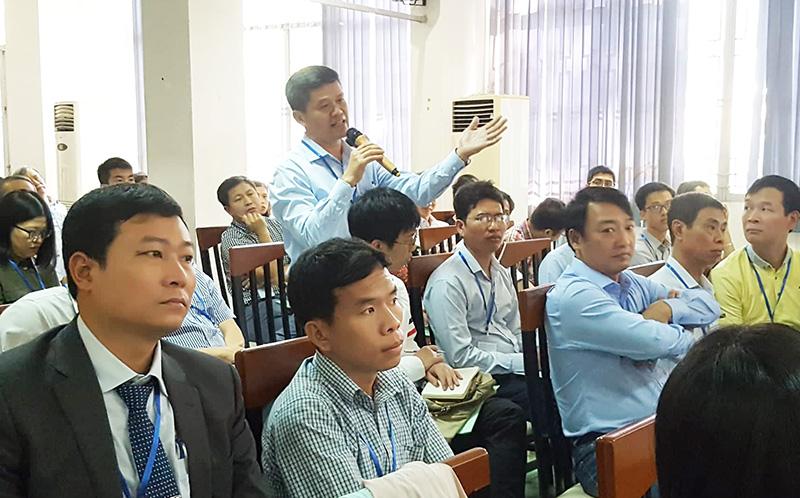 Đại biểu thảo luận về nghiên cứu và đào tạo về KHTĐ      Ảnh: KA