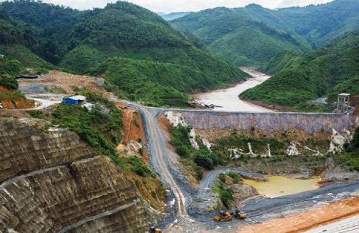 Các công trình đập ảnh hưởng tới hệ sinh thái thủy sinh và sinh kế cho dân cư xung quanh khu vực sông hồ (Ảnh mang tính chất minh họa) | Nguồn: CNBC