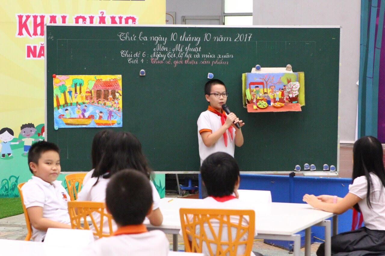 Dạy và học Mỹ thuật theo phương pháp lấy học sinh làm trung tâm ở một trường tiểu học ở Hà Nội. Ảnh: brendon.edu.vn
