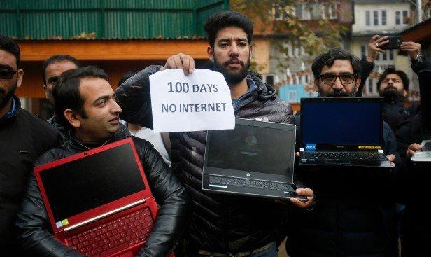 Nhiều người dân Ấn Độ không thể truy cập Internet trong vài tuần.