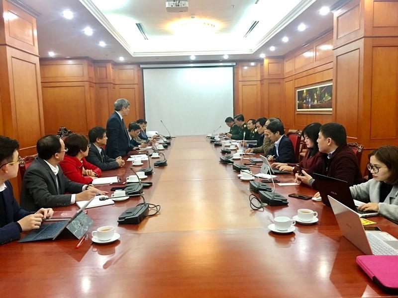 Toàn cảnh buổi họp giữa Lãnh đạo Bộ Khoa học và Công nghệ với các nhà khoa học hàng đầu trong lĩnh vực dịch tễ, vắc xin