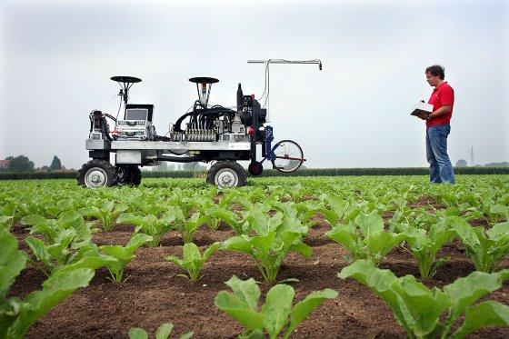 Tự động hóa đang trở thành xu thế tất yếu trong nông nghiệp. Ảnh: Hans Prinsen.