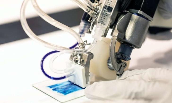 Máy in sinh học dùng trong điều trị bỏng- Ảnh : University of Toronto Engineering