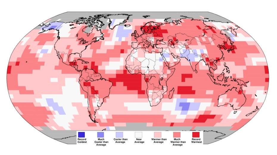 Bản đồ nhiệt độ toàn cầu so với mức trung bình của thế kỷ 20. Ảnh: NOAA.