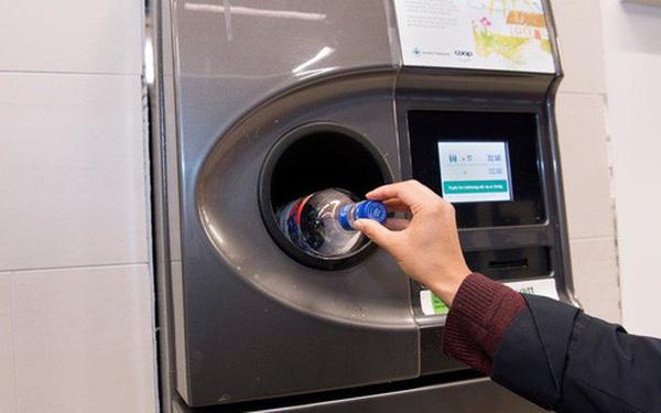 Máy thu chai nhựa tại Na Uy. Ảnh: TechTimes.