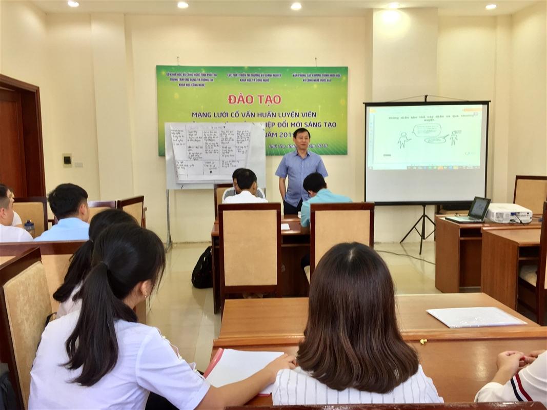 Đào tạo Mentor cho khu vực trung du và miền núi phía Bắc năm 2019   Ảnh: Sở KH&CN Phú Thọ