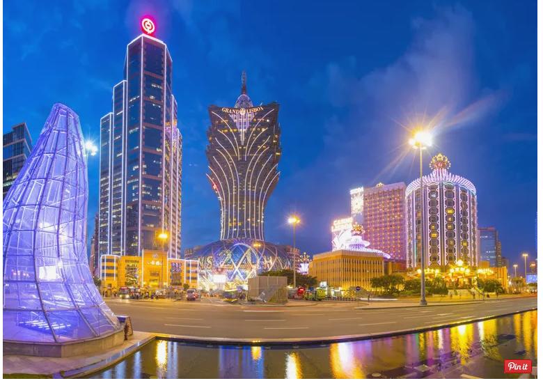 Macau nổi tiếng là kinh đô cờ bạc của thế giới, bên ngoài Las Vegas. Ảnh: Peter Stuckings/Lonely Planet Images.