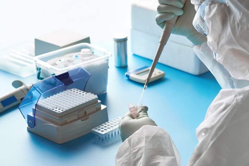 Xét nghiệm tìm virus trong phòng thí nghiệm