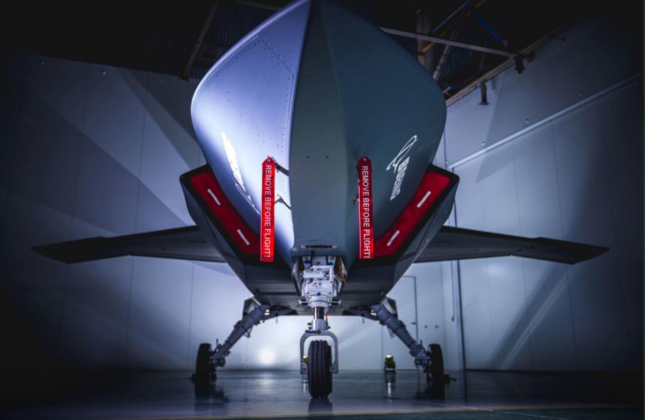 Chiếc Loyal Wingman được thiết kế, hiệu chỉnh và chế tạo hoàn toàn ở Úc.