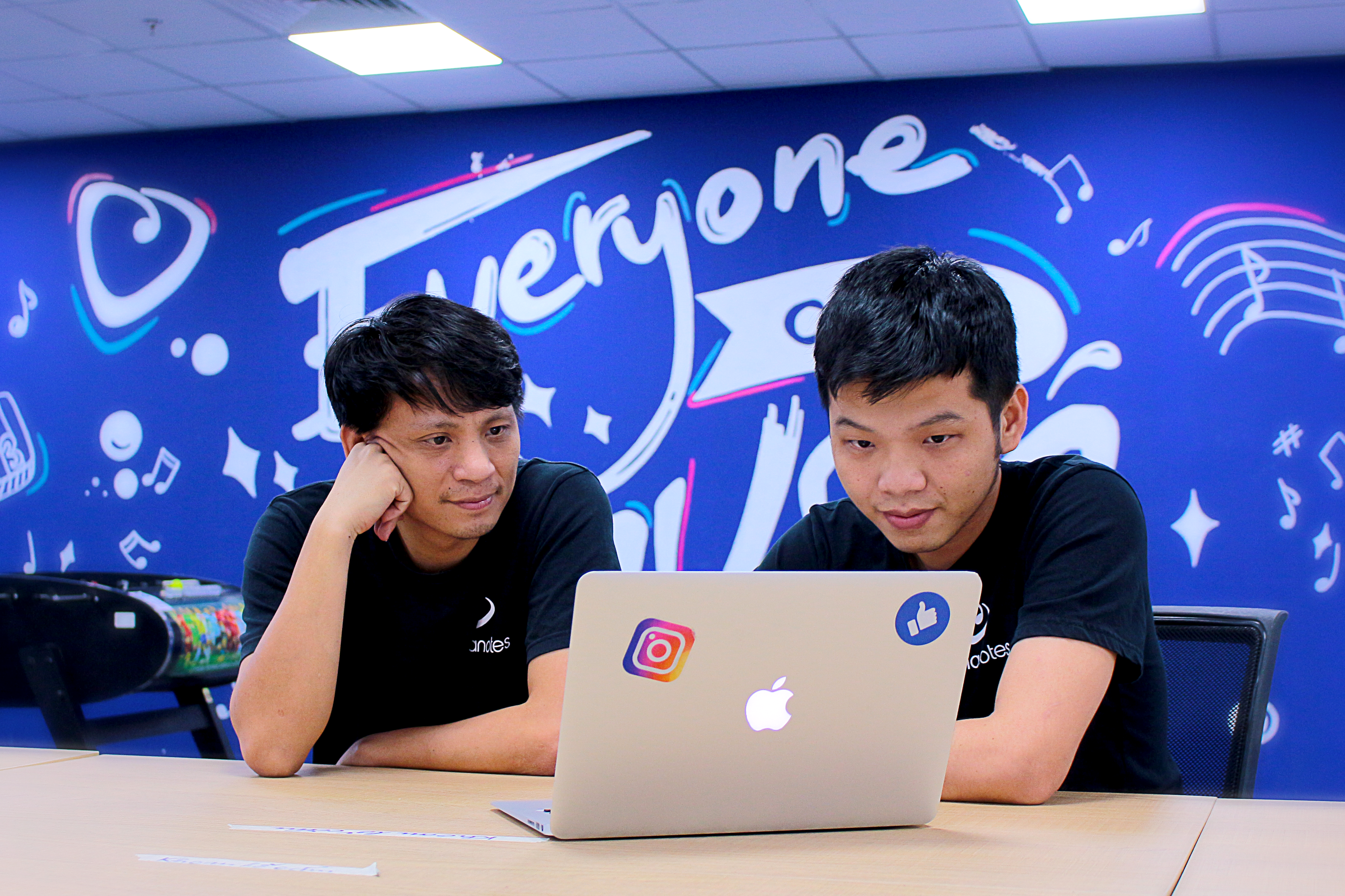 Anh Nguyễn Tuấn Cường - Co-founder, Chief Product Officer của Amanotes và cộng sự.