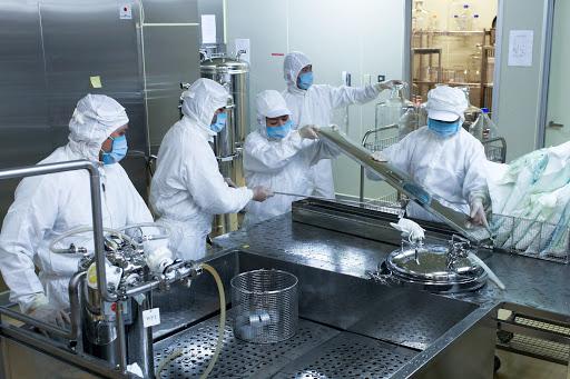 Việt Nam đã sản xuất thành công nhiều loại vaccine trên các dây chuyền đạt tiêu chuẩn GMP WHO.