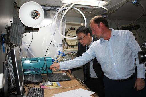 Viện Hàn lâm KH&CN Việt Nam làm việc với đoàn khoa học Nga nhân chuyến khảo sát hỗn hợp bằng tàu mang tên Viện sĩ M.A. Lavrentiev vào tháng 11/2019. Ảnh: VAST