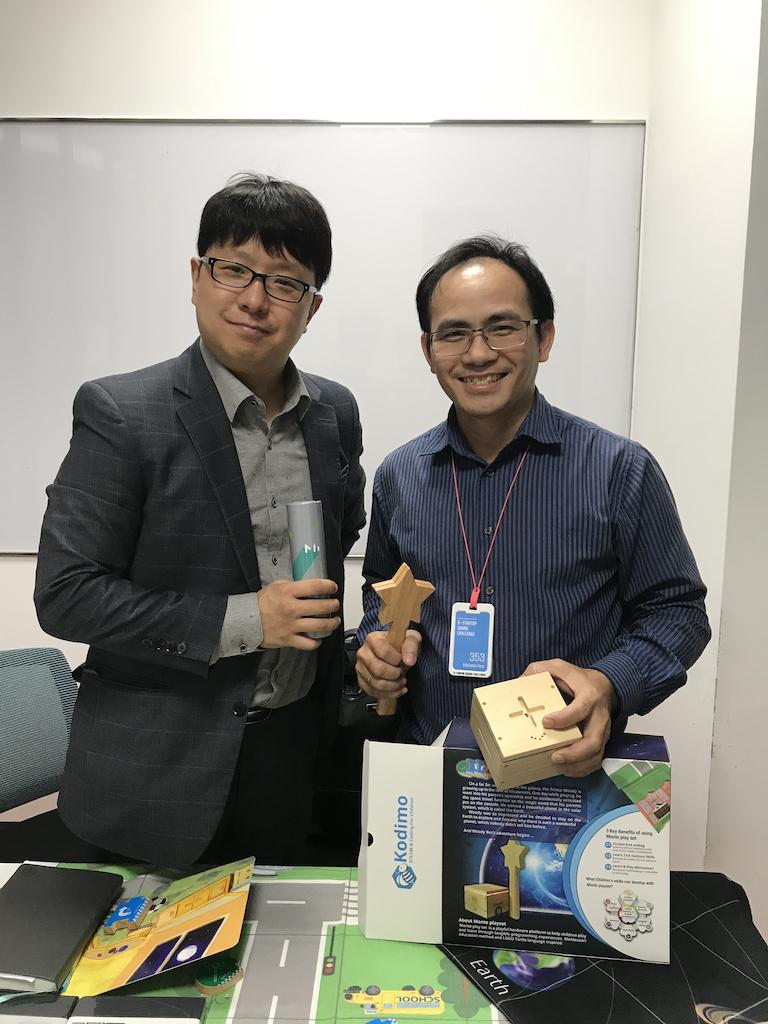 Ông Tống Vũ Thân Dân - CEO của Kodimo giới thiệu về sản phẩm của mình.