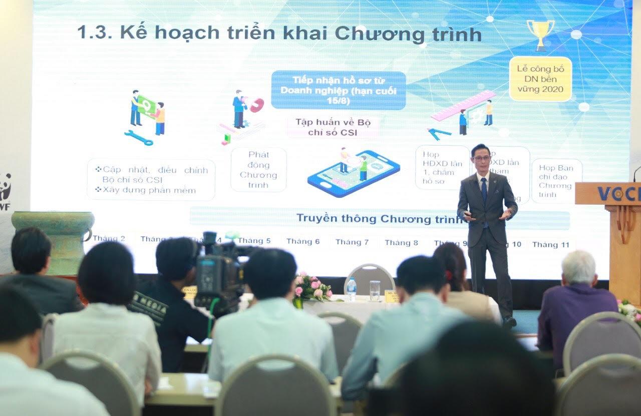 Ông Phạm Hoàng Hải trình bày về những điểm mới của CSI 2020. Ảnh: NV