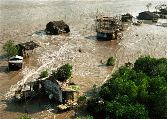 Tác động của biến đổi khí hậu ngày càng rõ rệt ở Đồng bằng sông Cửu Long | Ảnh: TNMT