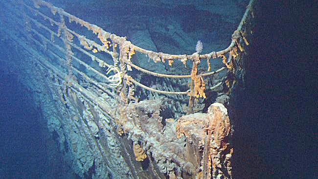 Mũi tàu Titanic trong ảnh chụp vào năm 2004. Ảnh: NOAA