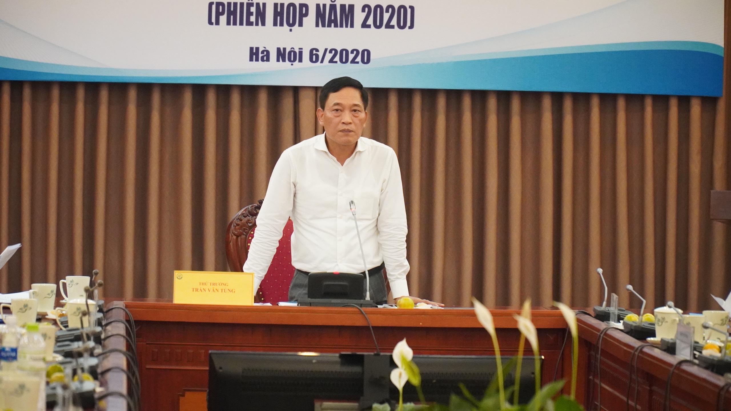 Thứ trưởng Trần Văn Tùng phát biểu đề dẫn. Ảnh: Minh Công
