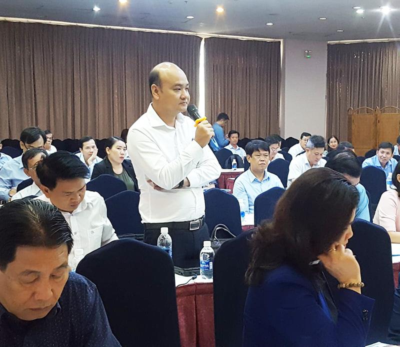 Đại biểu địa phương chia sẻ ý kiến tại Hội nghị  Ảnh: KA
