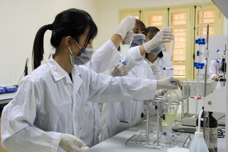 Phòng thí nghiệm công nghệ sinh học trường ĐH Khoa học Tự nhiên, ĐHQGHN.