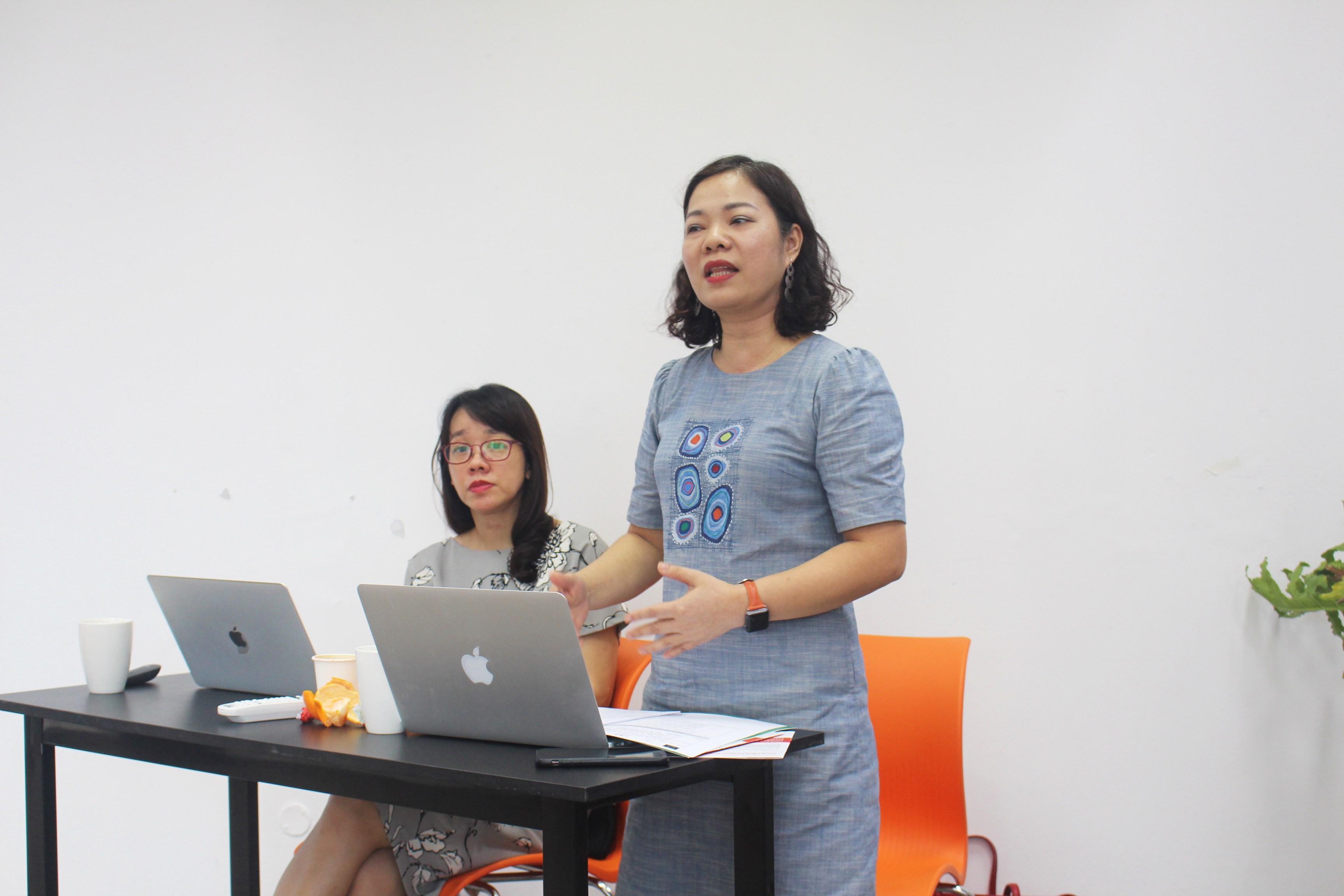 TS. Nguyễn Linh Giang (trái) và TS. Nguyễn Thị Thanh Hải tại buổi trình bày kết quả nghiên cứu sơ bộ hôm 20/7. Ảnh: BTC
