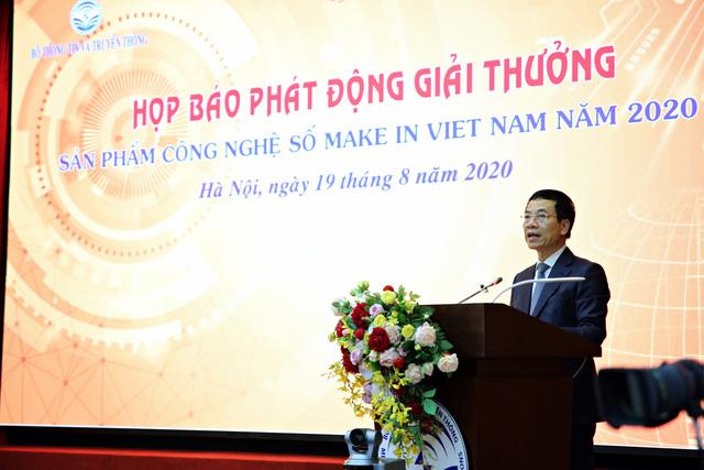 Bộ trưởng Bộ Thông tin và Truyền thông Nguyễn Mạnh Hùng phát biểu. Ảnh: QL