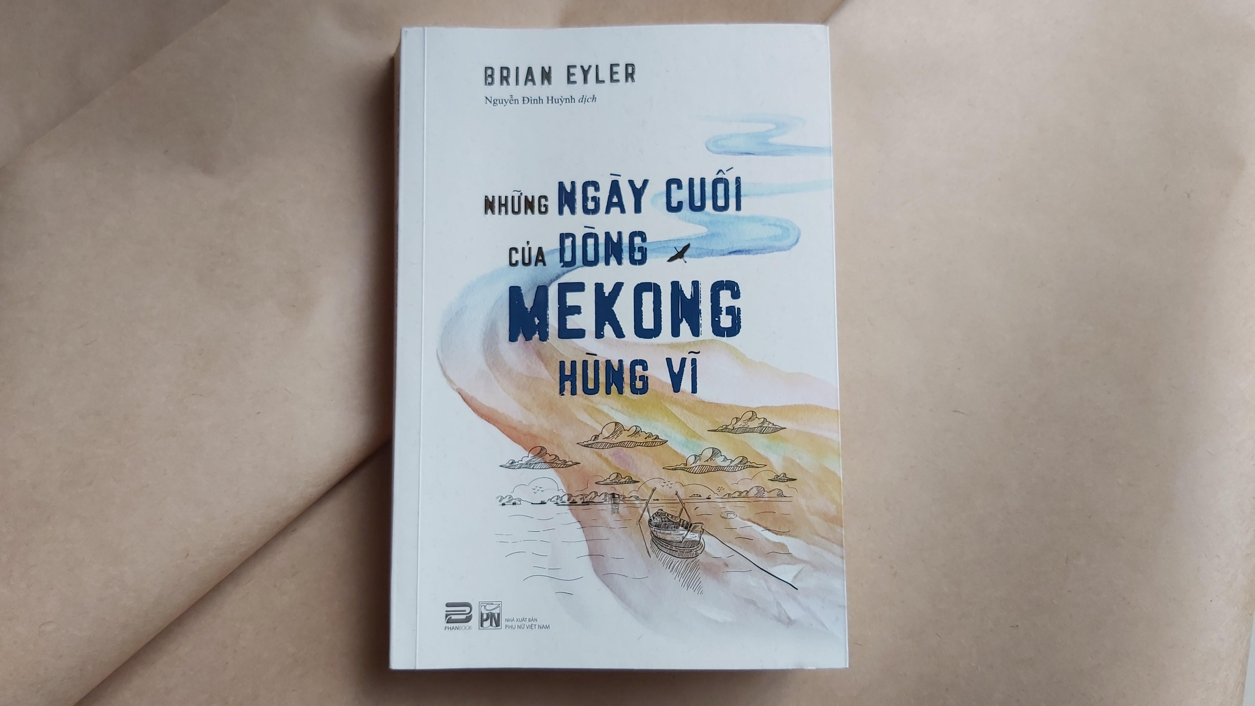 Những ngày cuối của dòng Mekong hùng vĩ (tựa gốc: Last Days of the Mighty Mekong) ra mắt ở Việt Nam vào tháng 7/2020 và lập tức được tái bản sau đó 2 tuần.