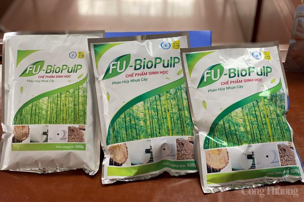 Chế phẩm sinh học phân hủy nhựa cây do các nhà khoa học ở Viện Công nghệ sinh học (VAST) tạo ra trong đề tài. Nguồn: congthuong